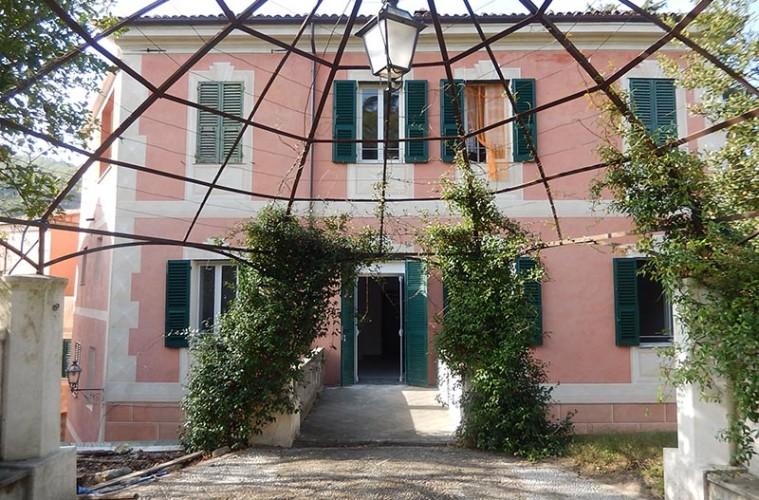 Casa del Console, Calice LIgure, Facciata est dopo il restauro