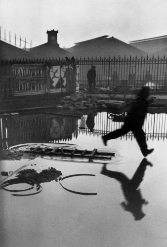 Henri Cartier-Bresson, France, Paris, Place de l'Europe. Gare Saint Lazare, 1932 © Henri Cartier-Bresson / Magnum Photos