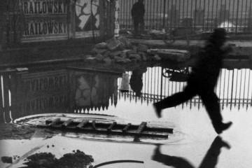 Henri Cartier-Bresson, France, Paris, Place de l'Europe. Gare Saint Lazare, 1932 © Henri Cartier-Bresson / Magnum Photos