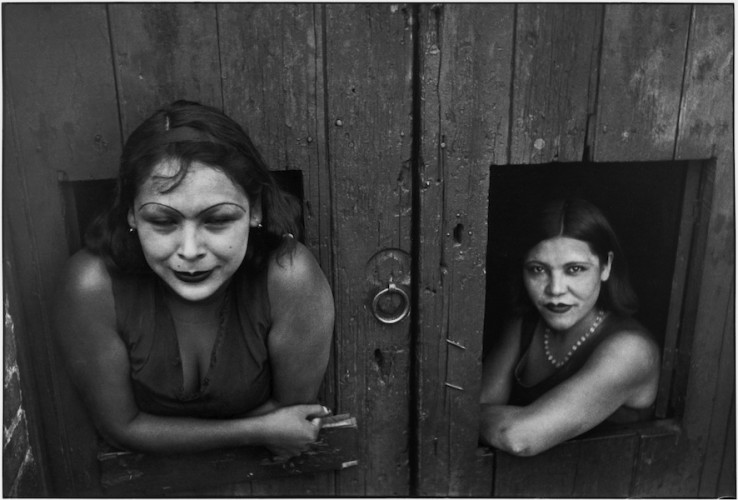 Henri Cartier-Bresson, Mexico, Mexico City, Prostituées, Calle Cuauhtemoctzin, 1934 © Henri Cartier-Bresson / Magnum Photos