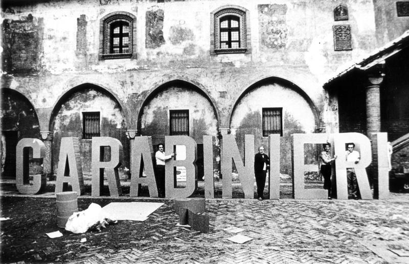 Gianni Pettena, Carabinieri, Novara, Palazzo Comunale, 1968
