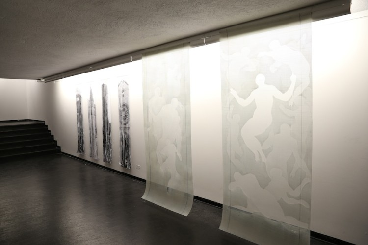 """Giorgio Tentolini. Iconoclastie, veduta della mostra (serie """"Incongrue"""" e """"Reduci""""), Spazio Aperto San Fedele, Galleria San Fedele, Milano"""