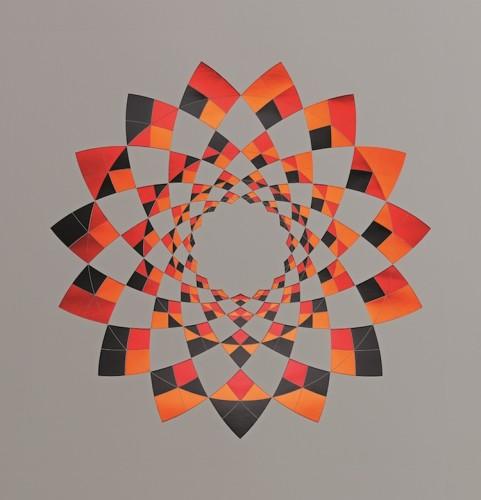Jens W. Beyrich, Flower, 2013, grafica su carta incisa con fogli metallici in tre colori, 70x100 cm