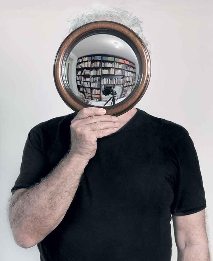 © Mario Cresci, Autoritratto, 2012