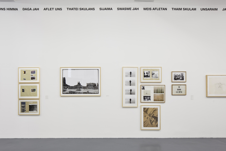 Gianni Pettena, About non Conscious Architecture, Veduta dell'allestimento, Galleria Giovanni Bonelli, Milano, Crediti Laura Fantacuzzi