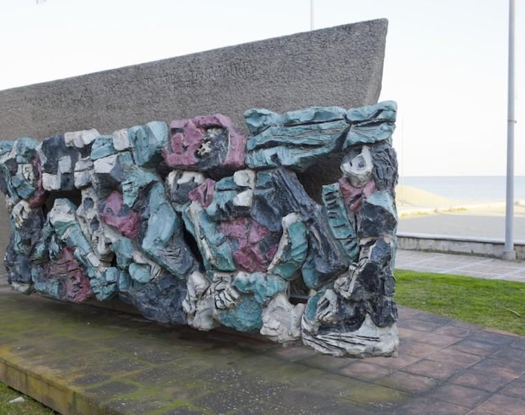 Leoncillo, Monumento ai Caduti di tutte le guerre (part. Caduti), 1957. Lungomare di Albissola Marina (SV). Foto Gianluca Anselmo, Albisola