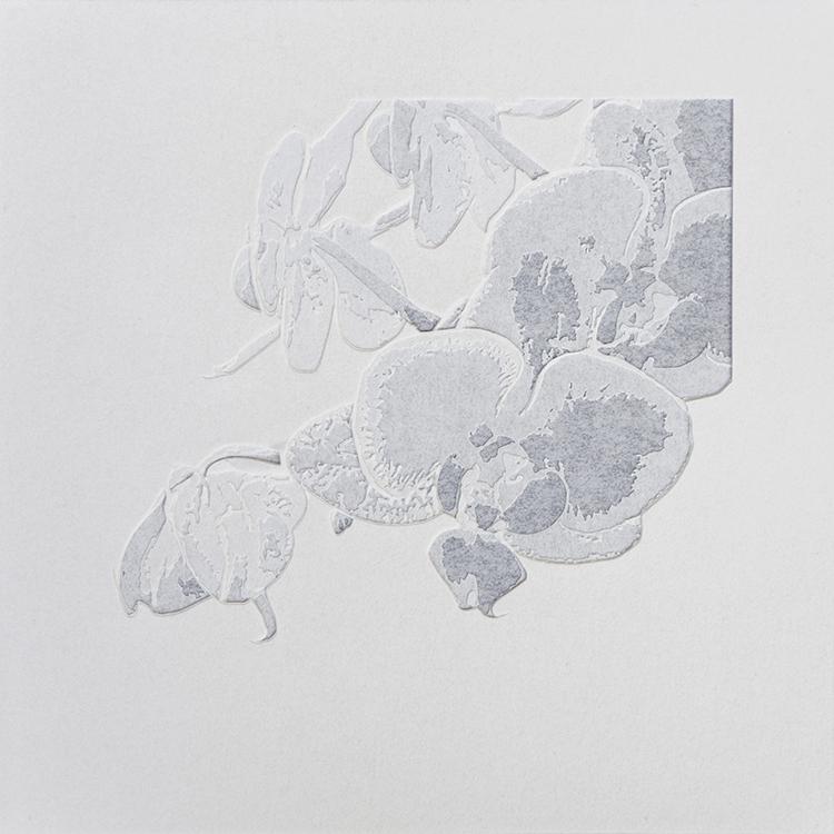 Giorgio Tentolini, Nipponismi #1, 2017, carta pergamena bianca intagliata, 21x21 cm Courtesy l'artista
