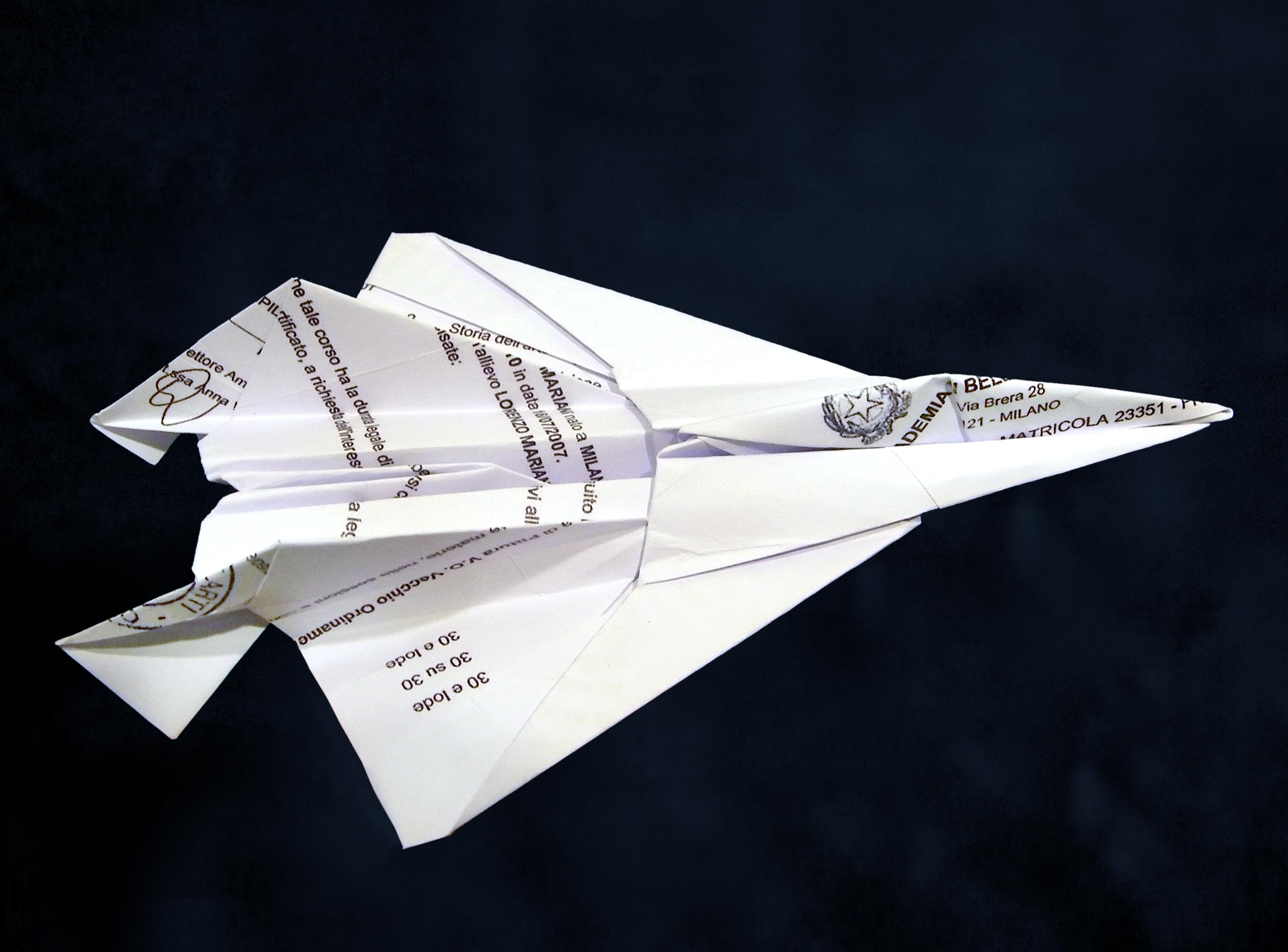e-lode_2011_inervento-manuale-su-diploma-di-laurea_20x15x5cm_01