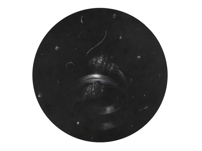 Omar Galliani, New lights in the sky, 2015, grafite su tavola, diametro 160 cm
