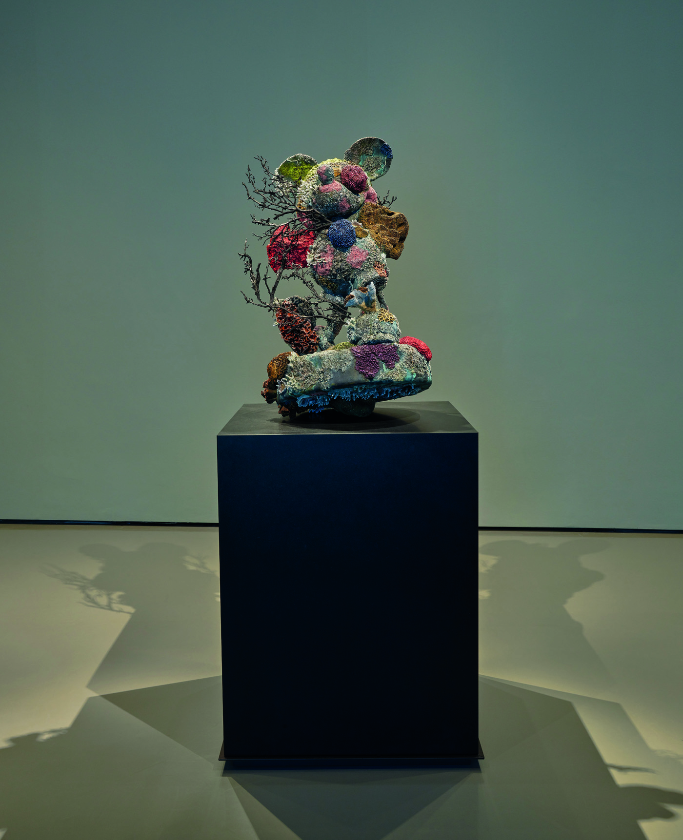Damien Hirst. Treasures from the Wreck of Unbelievable, Palazzo Grassi. Damien Hirst, Mickey. Foto: Prudence Cuming Associates. © Damien Hirst and Science Ltd. All rights reserved, DACS 2017