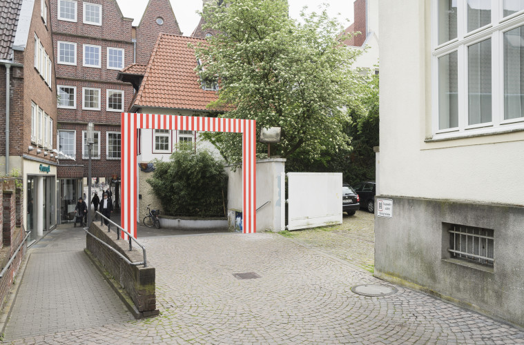 Daniel Buren, 4 Tore [4 Gateways], Skulptur Projekte in Münster 1987, Foto: Hubertus Huvermann, 2016