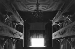 Hiroshi Sugimoto, villa-mazzacorrati_bologna-2015-le-notti-bianche-screen-side