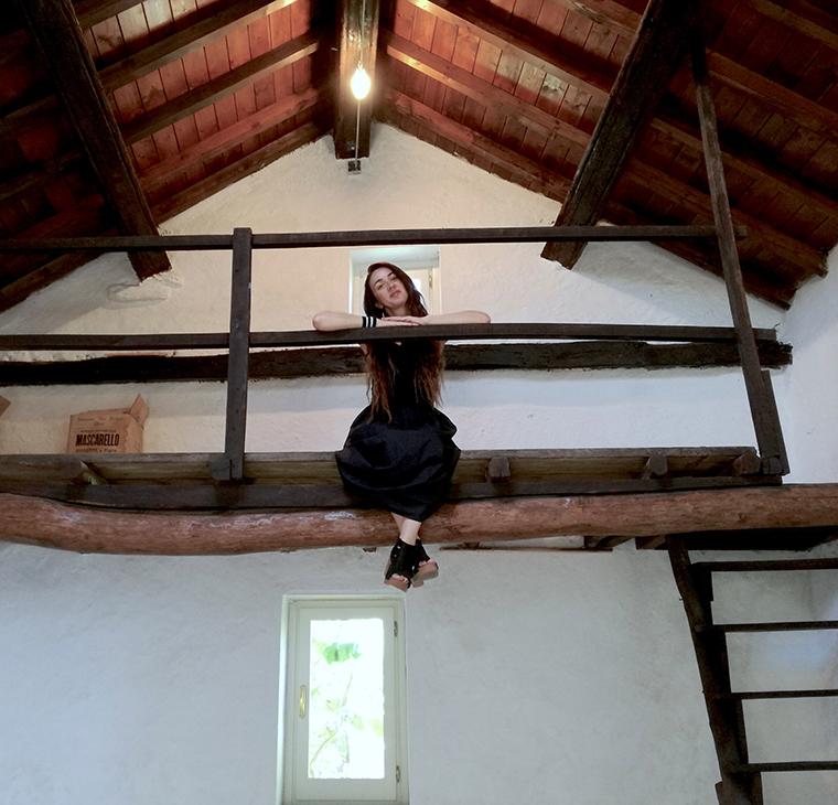 Loredana Longo nello studio di Asger Jorn, Albissola 2017
