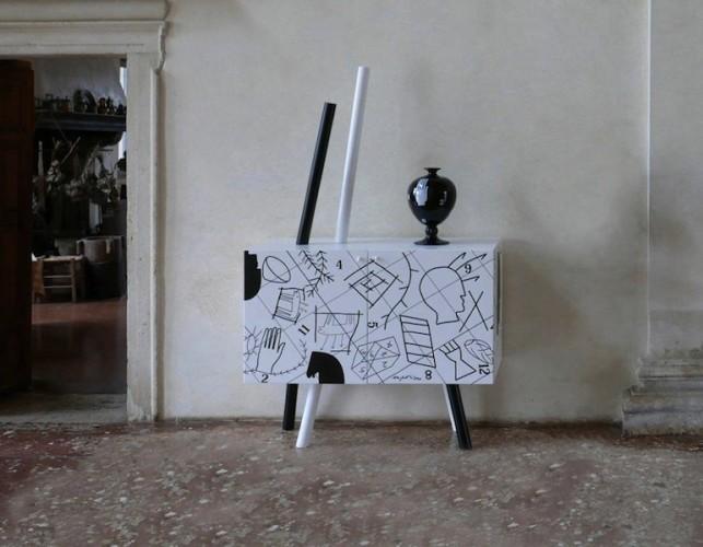 Mondocleto. Il design di Cleto Munari, veduta della mostra (Cleto Munari con Mimmo Paladino), Villa Pisani Bonetti, Bagnolo di Lonigo (VI)