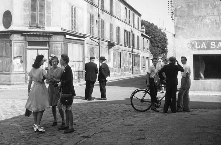 Robert Doisneau, Dimanche matin, Arcueil Cachan, 1945