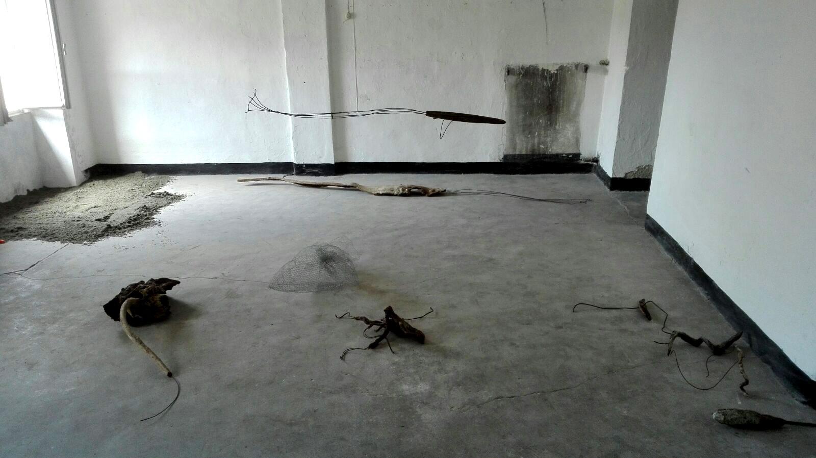 Massimo Ferrando, Creature dell'abisso, installazione in progress