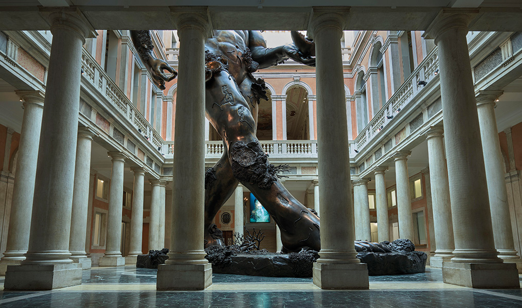 Damien Hirst, Demon with Bowl (Exhibition Enlargement), Palazzo Grassi. Photographed by Prudence Cuming Associates © Damien Hirst and Science Ltd. All rights reserved, DACS/SIAE 2017