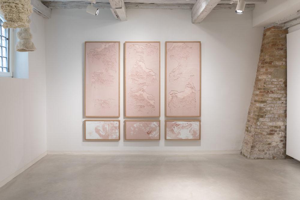 Sophie Ko, Sull'infinito gorgo, polittico pure pigment 150x70 cm 40x70 cm