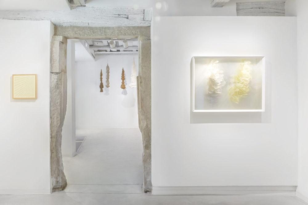 The Hidden Dimension, veduta della mostra con opere di Arthur Duff, Paola Anziché, Maurizio Donzelli, Courtesy Marignana Arte