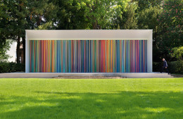 Ian Davenport, Giardini Colourfall, 2017, acrylic on aluminum panels, wall: m 3.8x14, floor: m 1x14. © Swatch