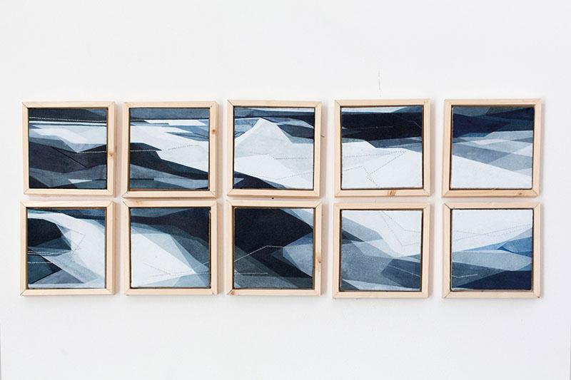 Adua Martina Rosarno, Itinerario, 2017, acrilico acquerellato e tessiture su tela, polittico (10 tele, 11x11 cm)