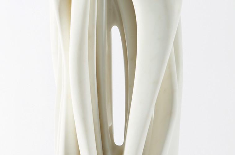 Pablo Atchugarry, Senza titolo, 2017, marmo statuario di Carrara, cm 66x22,5x17,5 - dettaglio