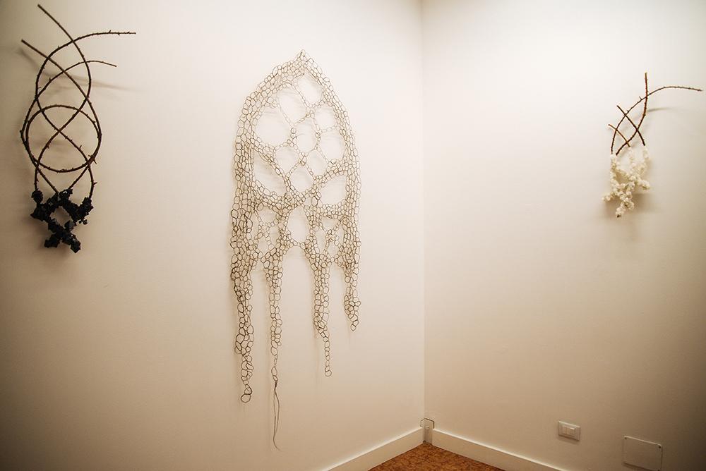 """Francesca Romana Pinzari, dalla mostra """"SuperNatural"""" presso Gilda Contemporary Art, Milano, ph. Kristina Bychkovaph"""