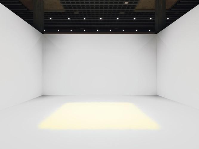 Wolfgang Laib, Polline di pino, 2012-15, 300x300 cm Collezione privata © 2017 Hartmut Nägele
