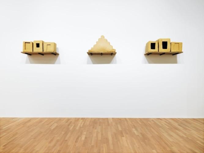 Wolfgang Laib, Senza titolo, 1991-1999, cera d'api e legno, 64x45x680 cm, MASI, Lugano. Deposito Associazione ProMuseo © 2017 Hartmut Nägele