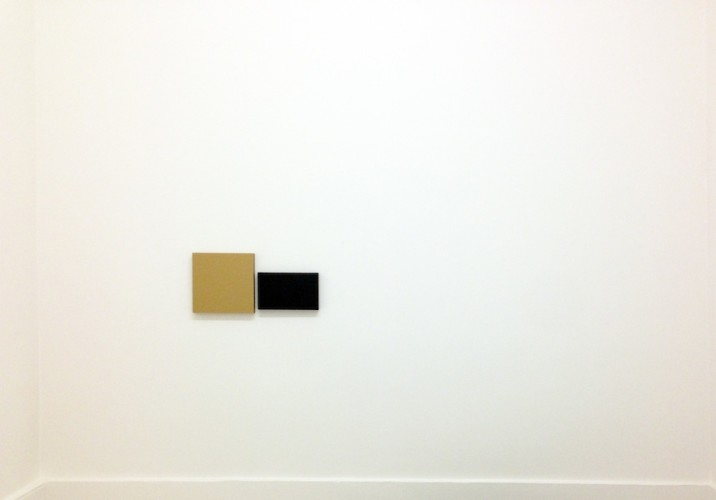 Aspetti di superficie: Sonia Costantini, Marco Mendeni, Stan Van Steendam, veduta della mostra (Sonia Costantini), Theca Gallery, Milano