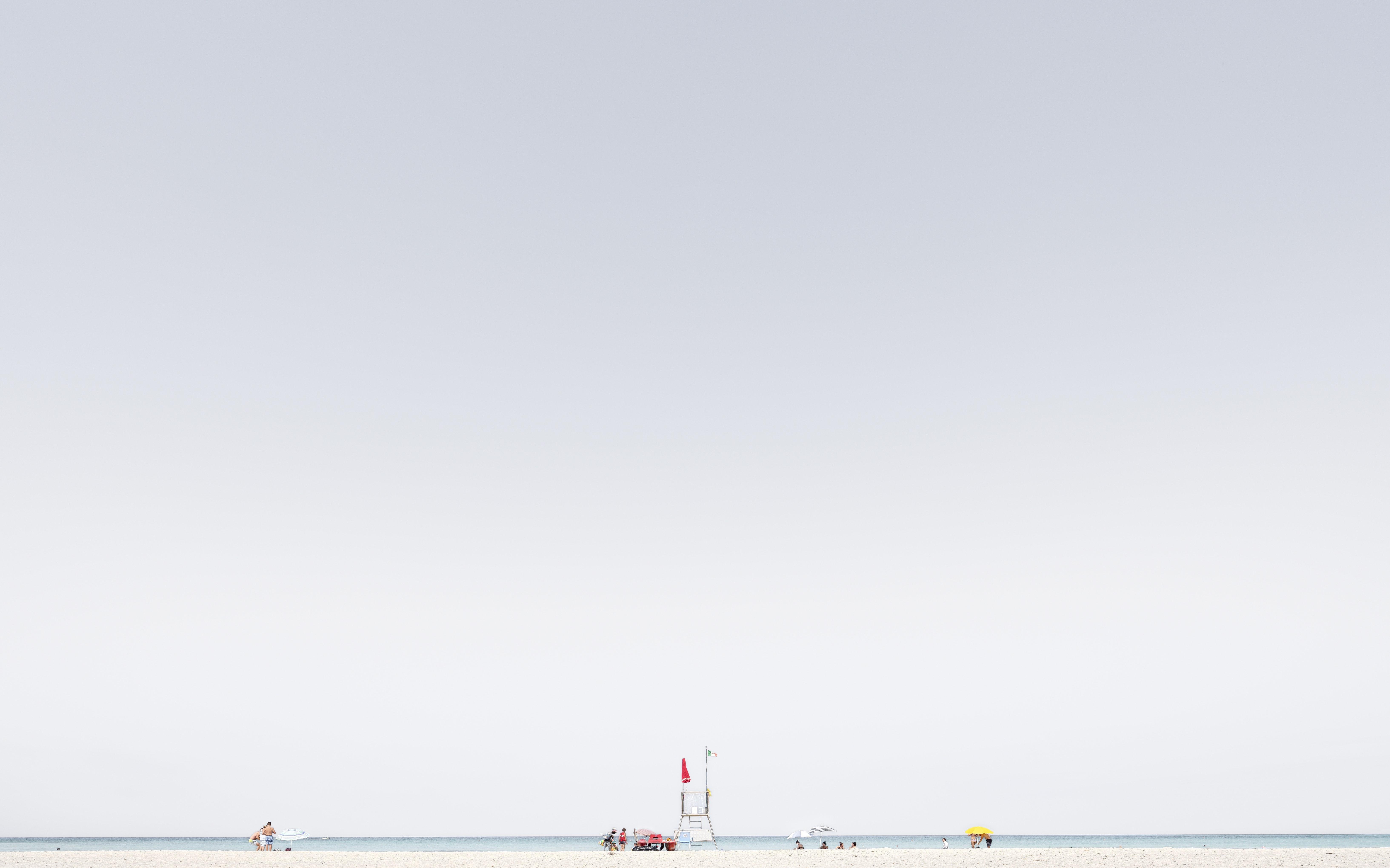 Luca Lupi, Finis sterrae, Spiaggie Bianche, Livorno, 2017, archival pigment print, 50x80 cm