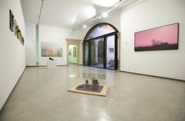 Veduta della mostra 30 years/30 works. Courtesy La Giarina Arte Contemporanea
