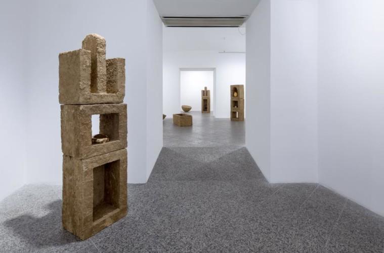 Michele Ciacciofera, Emisferi Sud, veduta della mostra, Man di Nuoro