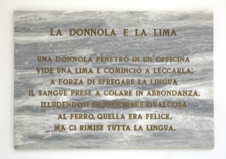 Salvo, La donnola e la lima, 1972, lapide in marmo, 45x65 cm