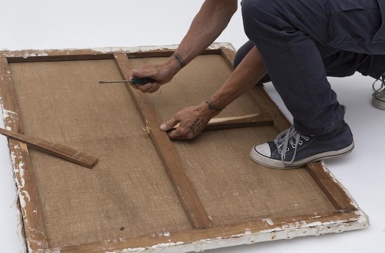 Distruzione di alcuni Achrome falsi a cura della Fondazione Piero Manzoni, Milano Courtesy Fondazione Piero Manzoni, Milano