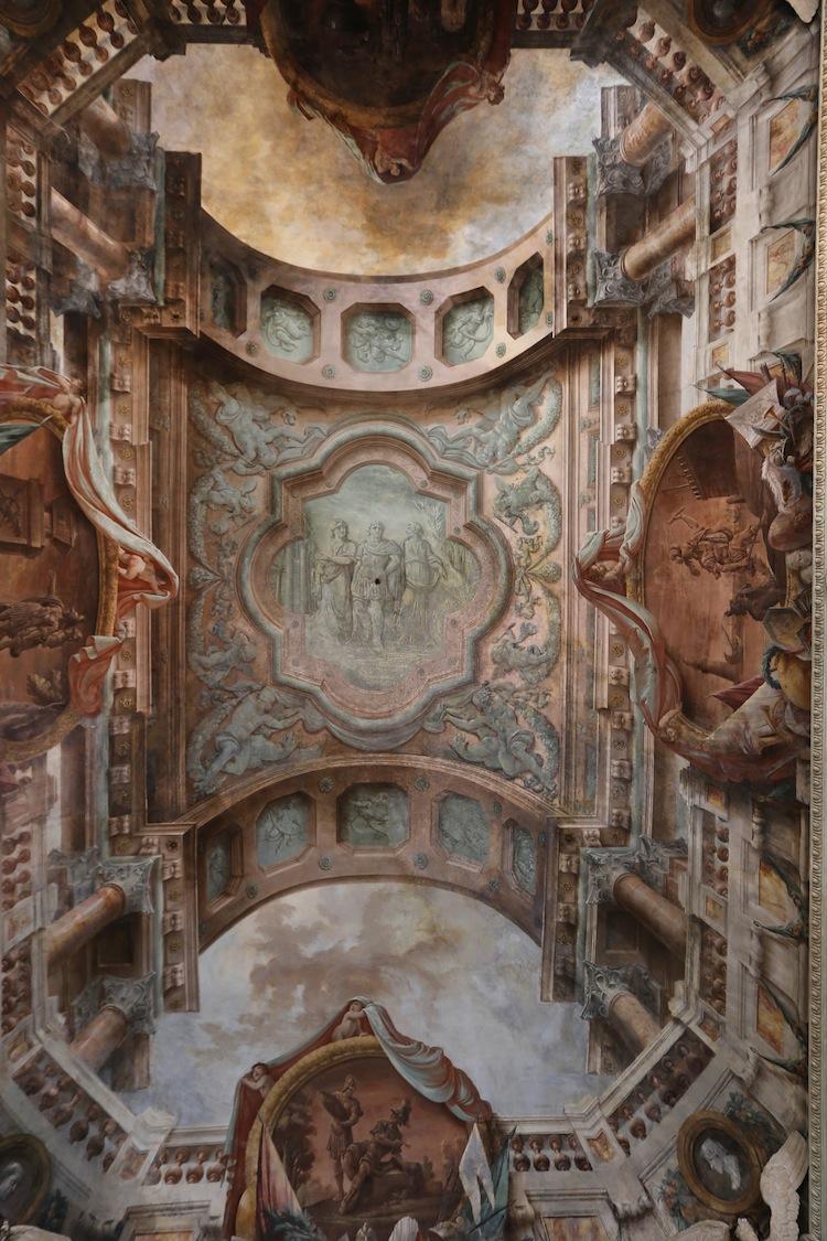 Sala delle aquile, Palazzo Pallavicini, Bologna