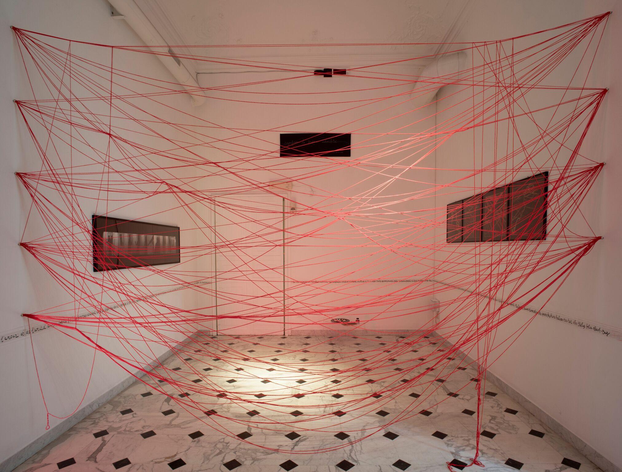 Anna Oberto, veduta installazione Vita, morte, miracoli. Courtesy dell'artista. Foto di Anna Positano