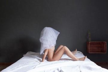 Silvia Bigi, Esercizi di preparazione ai doveri della prima notte, 2017, dalla serie L'albero del latte, stampa giclée, 24x36 cm