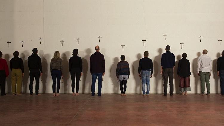 Filippo Berta, A nostra immagine e somiglianza, 2017, performance, Courtesy Galleria Massimodeluca, Mestre e l'artista