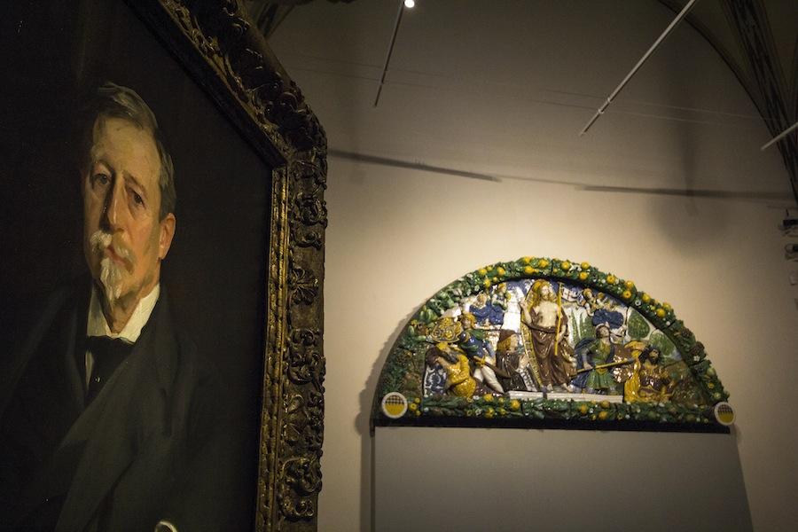 Da Brooklyn al Bargello. Giovanni della Robbia, la lunetta Antinori e Stefano Arienti, veduta della mostra, Museo Nazionale del Bargello, Firenze Foto Laura Macchi