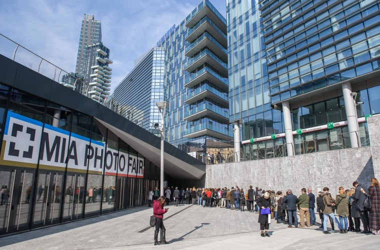 Una veduta esterna di The Mall, sede di MIA PHOTO FAIR 2018