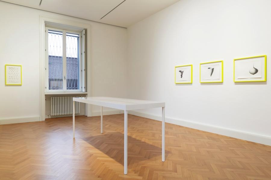 Barbara De Ponti e Jens Risch. Forma mentis, veduta della mostra, Viasaterna, Milano Courtesy Viasaterna, Milano