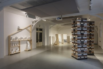 CERAMIC UNIVERSE, a project by Nero/Alessandro Neretti for GRUPPO ROMANI at Fuorisalone 2018 exhibition view: PLANET EARTH, 2018 courtesy of the artist and Gruppo Romani. CASABELLA laboratorio. Foto: Andrea Piffari CASABELLA laboratorio
