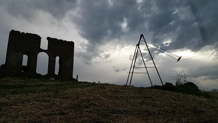 Dado per Ailanto scultura Dado, Villa dei Quintili, 2018