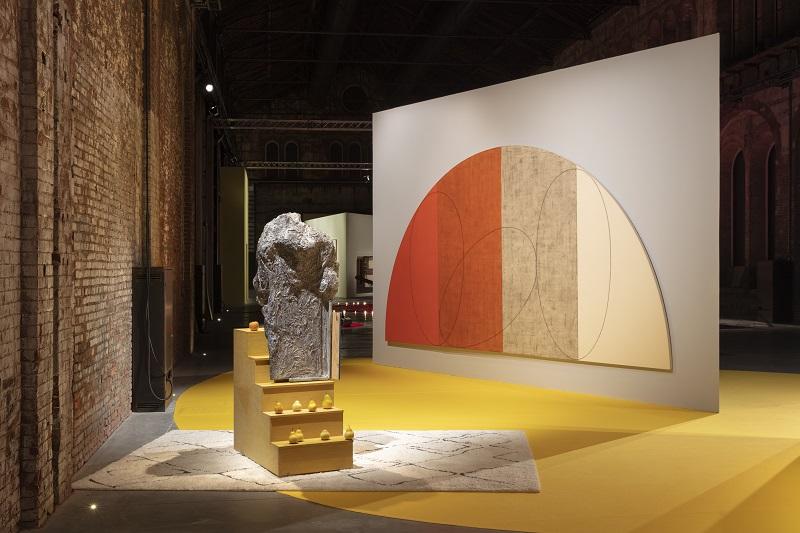Cut a rug a round square. Veduta della mostra. Foto Andrea Rossetti