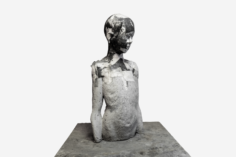 Paolo Migliazza, We are not super heroes, cemento e carta da incisione, 68x25x15 cm, 2019, credit Rosa Lacavalla